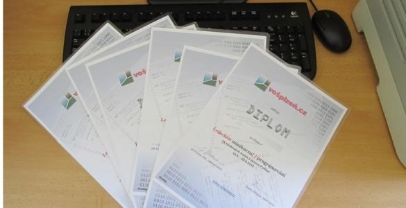 Diplomy pro absolventy.JPG